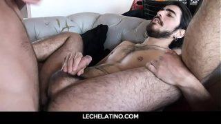 money inspired a homeless long hair Latin guy to suck dick LECHELATINO.COM